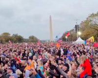 Tens Of Thousands Of Christians Gather In Washington D.C. For 'Let Us Worship' At National Mall