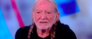 Willie Nelson Has A Message For Conservatives That Might Cost Him Ticket Sales