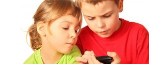 REPORT: Smart Phones Are Making Your Kid A Dumb@ss